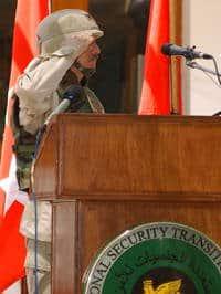 Col. James H. Coffman Jr. salutes Iraqi Special Police Commandos