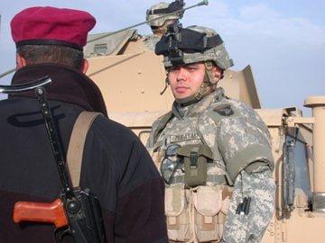 1st. Lt. Yukitoshi Murasaki with Iraqi Army guard