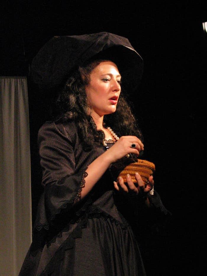 Rachel Alt as Olivia