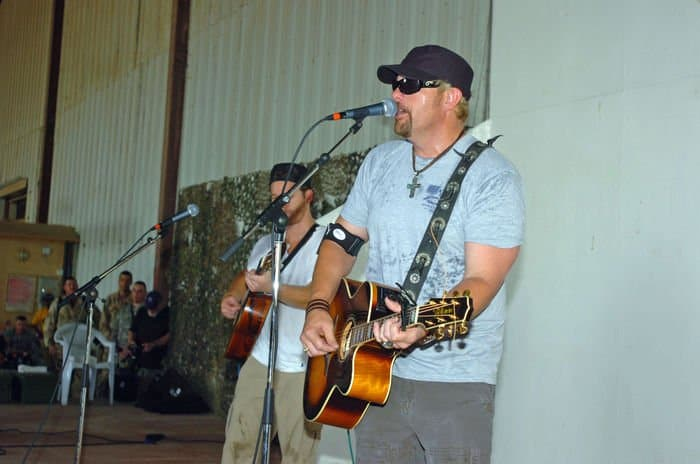 Country singer Toby Keith on USO tour