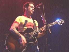Chris Carrabba, lead singer and songwriter for Dashboard Confessional. Photo:Richard L. Barrett III.
