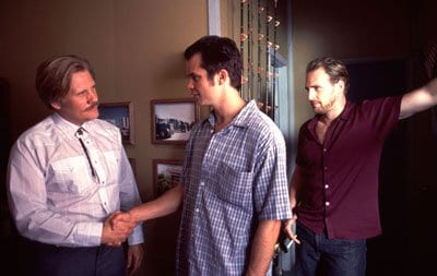 Crime boss William Forsythe with Timothy Oliphant