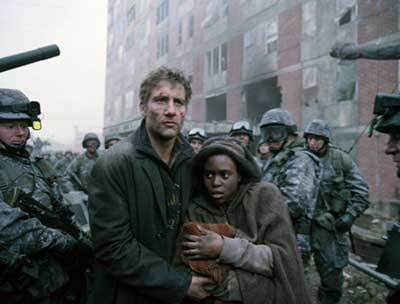 Theodore Fearon, played by Clive Owen and Kee, played by Claire Hope Ashitey in Children of Men