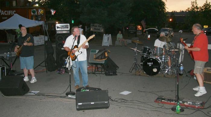 Merv and the boys of Table 24 keep everyone grooving at the third Thursday Night Market in Folsom, CA.