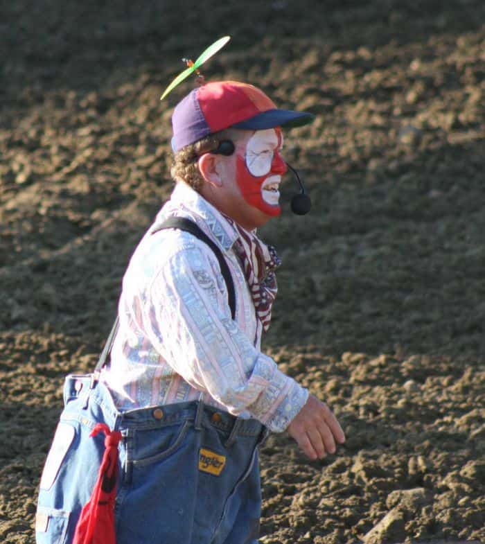 The Clown Cowboy prepares for takeoff.