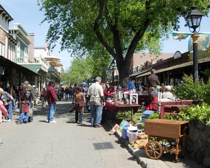 antique peddlers fair