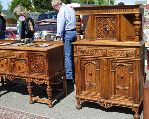 antique furniture at the peddlers fair