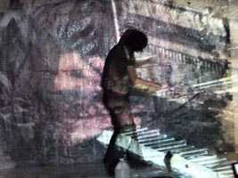 Naoki Iwakawa with projection.