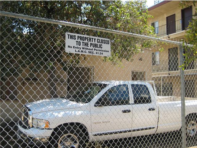 Bukowski home on De Longpre Avenue, landmarked by the city of LA.