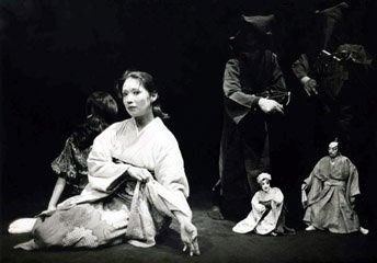 Nobuko Miyamoto in The Doll Sisters by Taoko Tomioka.