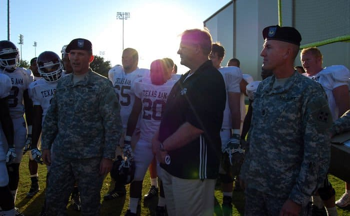 Col. David Thompson, the rear detachment commander for the 4ID at Fort Hood, Texas, spoke with Texas A&M football players on the university