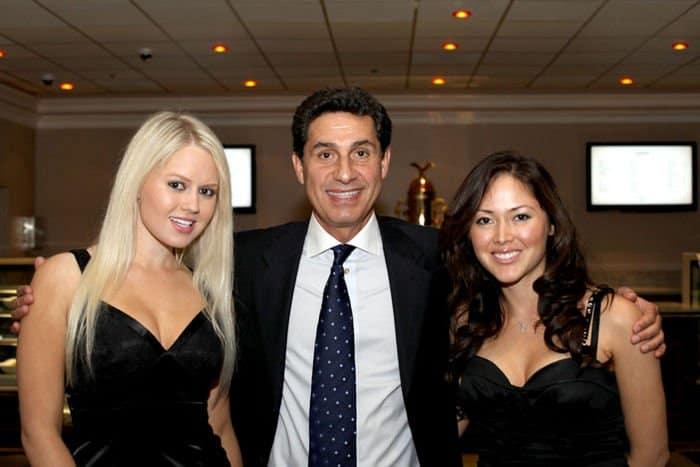 CEO Hashem Minaiy and event hostesses Legends 072909 B 0737