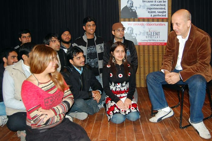 ANUPAM KHER AUDITIONS STUDENTS FOR HIS ACTING SCHOOL IN CHANDIGARH DSC 3256