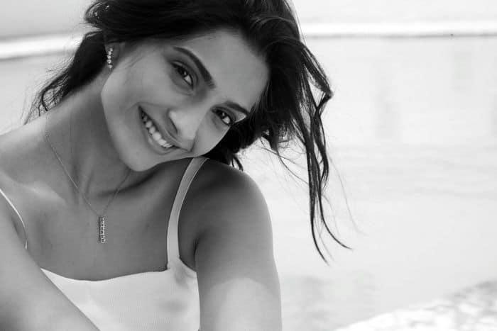 Sonam Kapoor, face of Anant Diamond Jewellery 4