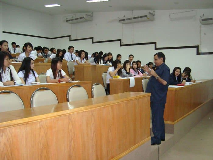 Interaction with students of Udon Thani Rajabhat University on Nov. 24, 2010