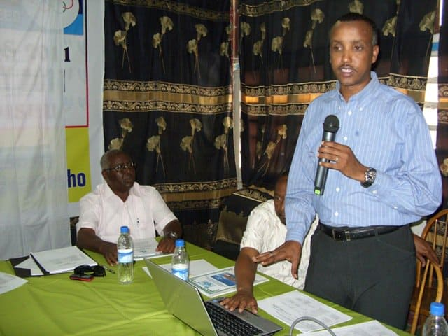 Vice German of Somali NOC Duran Ahmed Farah presenting 2011 Strategic Plan06