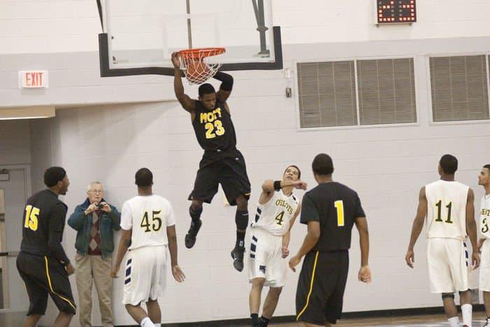 mott basketball2302