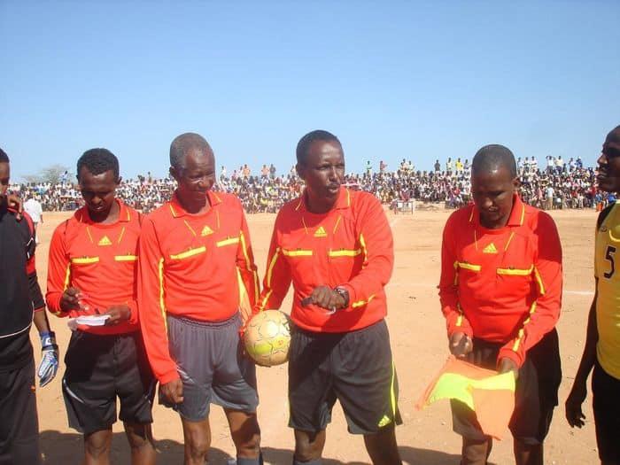 Referees04