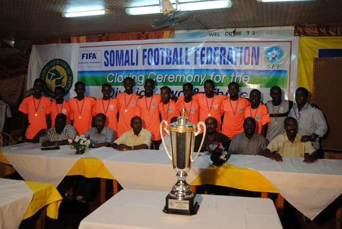 FC Banadir cellebrates for division C trophy05