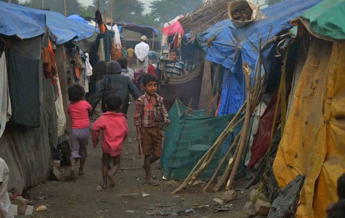 Rohingya Refugees in unhygienic makeshift camp