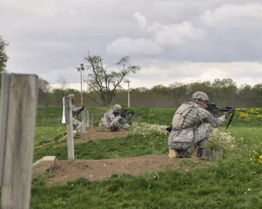 Soldiers with the 1st Battalion, 293rd Infantry Regiment, Bravo Company, Indiana Army National Guard, conduct M4 weapon qualifications in annual training at Atterbury Muscatatuck near Edinburgh, Ind.