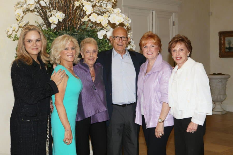 Caption: From L Beit TShuvah Circle of Majesty Society co chairs Dina Leeds Lois Bloom Harriet Rossetto Nancy Mishkin Ronnie Stabler and in centre host Sam Delug Photo Orly Halevy