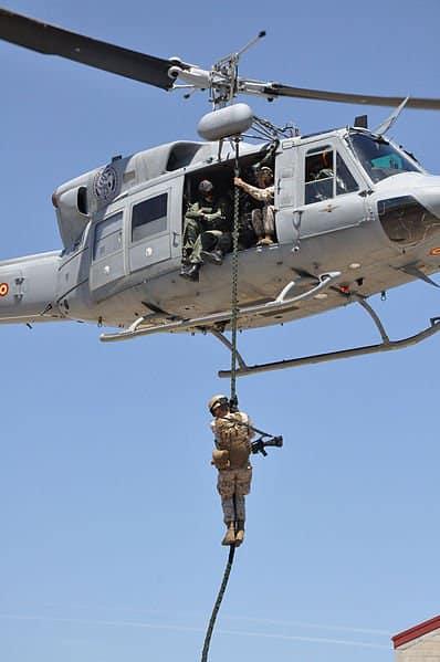 USMC 100427 N 3289C 098