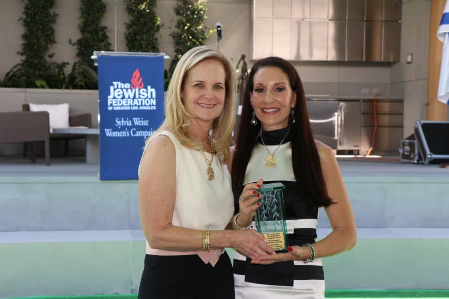 Janis Black Warner Honoree on R with Lynn Bider Campaign Chair Photo by Orly Halvey