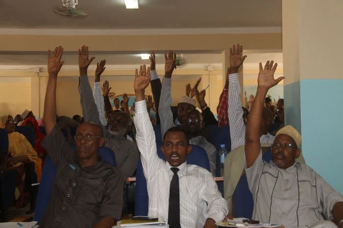 Somali Parliamentarians Vote on No Confidence Motion
