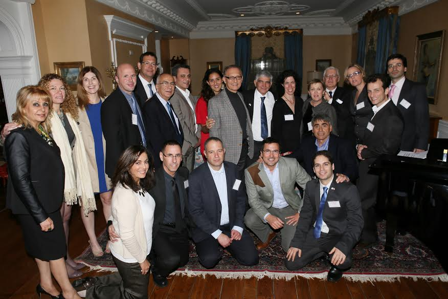 The entire group of Israeli medical startup companies heads and their hosts Photo by Orly Halevy