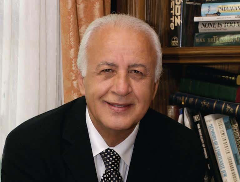 Ari Babaknia M.D.