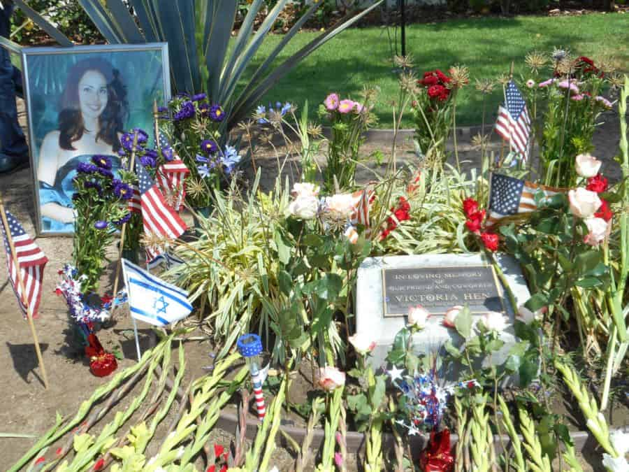 Vicki Hens memorial site at LAX Los Angeles