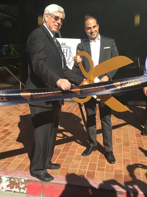 L Beverly Hills Mayor Dr. Julian A. Gold MD and Dr. Ben Talei Cutting the ribbon