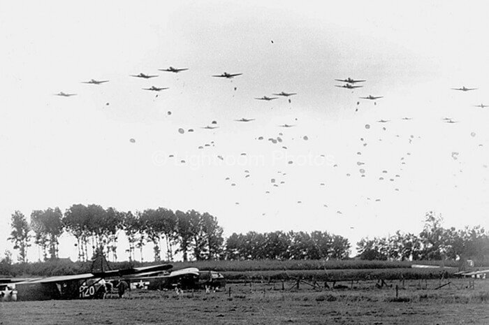 Battle of the Bulge - 82nd Airborne paratroopers dropping in Grave, France