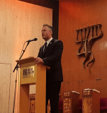 Travis Allen at Beth Jacob Synagogue-Photo Mr. Allen's office