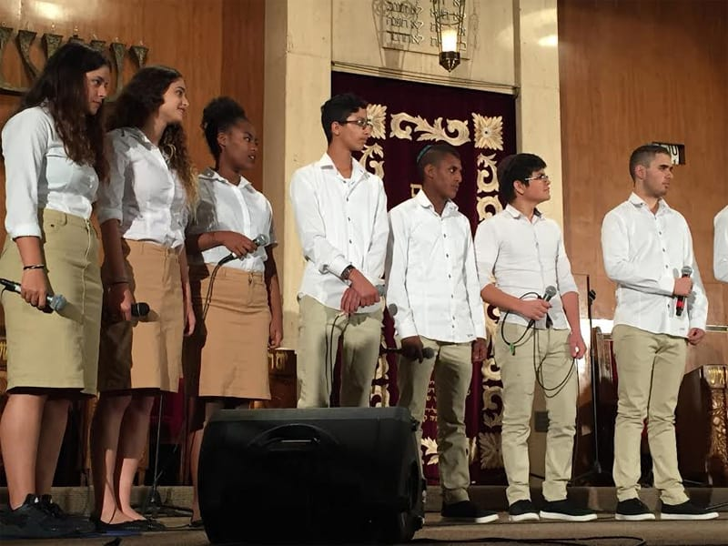 Members of Yemin Order Youth Choir on stage