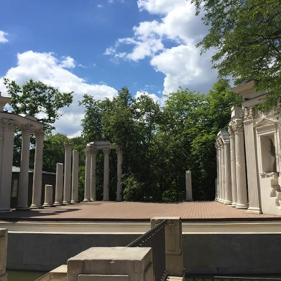 Chopin park-columns were bombed, left as is