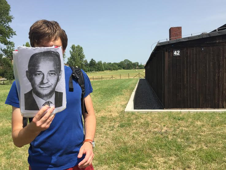 "George Pfeffer, who stood in the field and described the selektzia process in the ""rose garden"" field-the Rosenfeld-gas chamber on right"