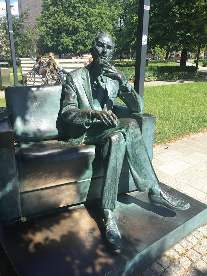 Polin Museum-statue of Jan Karski (24 June 1914 - 13 July 2000) was a Polish World War II resistance movement fighter and later professor at Georgetown University.