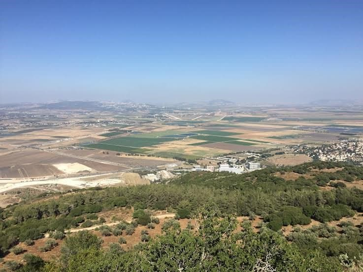 Photo taken from Carmelites monastery, Muhraq, on top of the Carmel Mount ridge, a balcony onto Jezreel valley one can see all the way to Jordan River and the Mediterranean Sea. Photo: Nurit Greenger - July 2016.