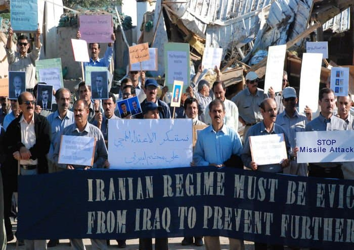 Iranian dissidents ask that Iranian regime be evicted from Iraq.