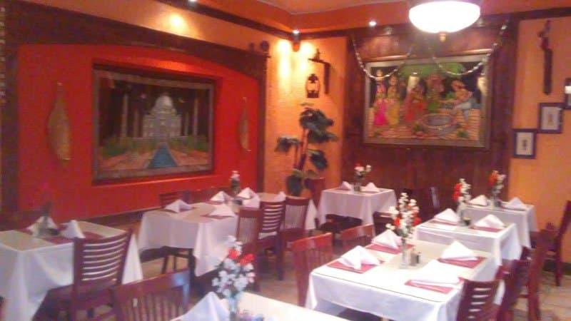 taj indian palace dining room.