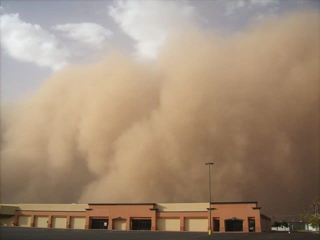 dust storm covers Khartoum. Image by amazingsdj from Pixabay