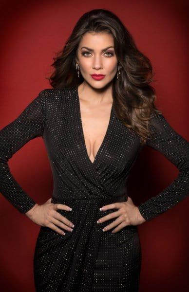 Alexandra Rosario, hands on hips.