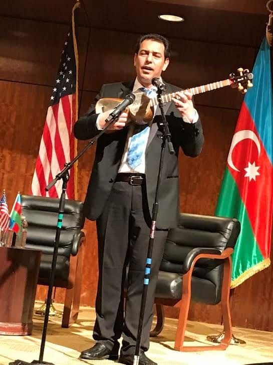 The tar, an Azerbaijan string instrument.