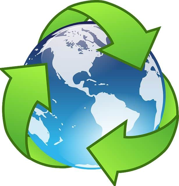reducing and recycling symbol. Image by Clker-Free-Vector-Images from Pixabay