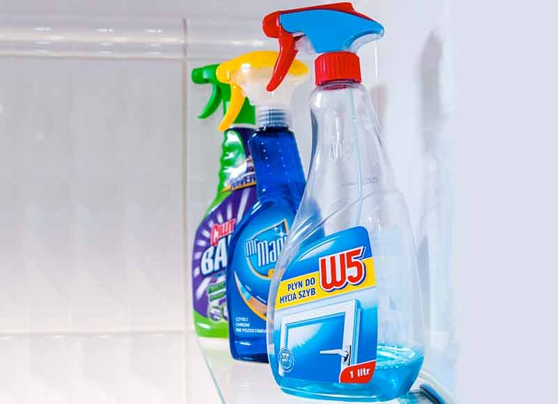 cleaning fluid - phthalates.