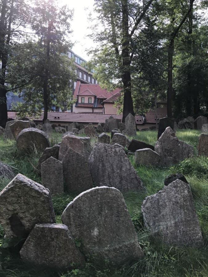 Jewish-Prague's ancient graveyardbehind the Klausen synagogue