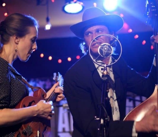 AmericanaMusic - High Plains Jamboree returns with Jenee Fleenor on fiddle