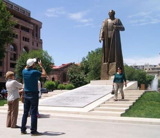 President Serzh Sargsyan of Armenia unveils statue of Nazi collaborator Garegin Nzdeh General of the Armenian Legion Nazi Wehrmacht.